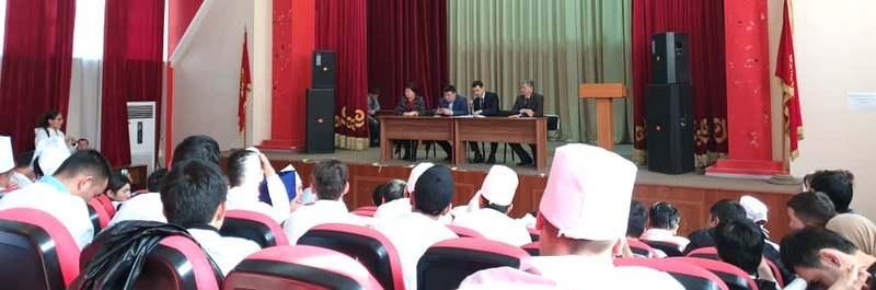 Өзбек Республикасынын Кыргыз Республикасындагы элчилигинин консулу менен жолугушуу